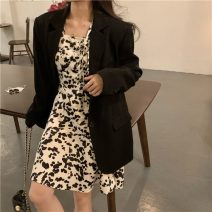 Dress Spring 2021 Dress, suit Average size Mid length dress Two piece set Long sleeves commute square neck High waist other zipper A-line skirt puff sleeve Others 18-24 years old Type A Other / other Korean version printing 81% (inclusive) - 90% (inclusive) other polyester fiber