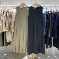 Dress Spring 2021 Khaki spot, black spot S, M Mid length dress singleton  Sleeveless commute Crew neck Loose waist Solid color Socket Pleated skirt routine Others 18-24 years old Type H Korean version 30% and below other cotton
