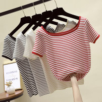 T-shirt Red stripe, black stripe, gray stripe, yellow stripe Average size Summer of 2019 Short sleeve square neck Straight cylinder Regular routine commute other 31% (inclusive) - 50% (inclusive) 18-24 years old Korean version Other / other