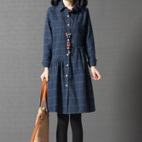 Women's large Spring 2020, autumn 2020 Red, green Large L, large XL, large XXL, M Dress singleton  commute Straight cylinder Cardigan Long sleeves lattice Korean version Polo collar Medium length cotton shirt sleeve 25-29 years old 96% and above other