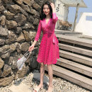 Dress Summer 2021 3 / 4 sleeve pink stitching, short sleeve Pink Daisy XS,S,M,L,XL Middle-skirt singleton  Short sleeve commute V-neck High waist Decor other Pleated skirt routine Breast wrapping Type A Other / other Korean version Bow, ruffle, lace, stitching, bandage, printing