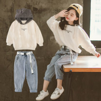 suit Other / other Off white, pink, off white (plush), pink (plush) female spring and autumn leisure time Long sleeve + pants 2 pieces routine There are models in the real shooting Socket No detachable cap Solid color cotton elder Expression of love Class B Other 100% Chinese Mainland Huzhou City