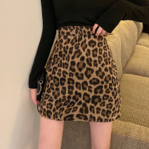 skirt Spring 2020 S,M,L Short skirt commute High waist A-line skirt Leopard Print Type A 18-24 years old 81% (inclusive) - 90% (inclusive) Wool cotton backless Korean version 81g / m ^ 2 (including) - 100g / m ^ 2 (including)