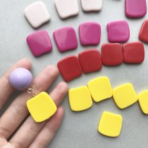 Other DIY accessories Other accessories other RMB 1.00-9.99 One piece of naked powder, one piece of color, one piece of red, one piece of yellow, please read the baby's details