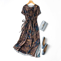 Dress Spring 2021 Retro oil color printing Flat chest 104cm longuette singleton  Short sleeve commute Crew neck middle-waisted Decor Socket routine Manis Retro 91% (inclusive) - 95% (inclusive) Silk and satin silk