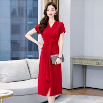 Dress / evening wear Weddings, adulthood parties, company annual meetings, daily appointments M L XL XXL XXXL Red green black fashion Medium length middle-waisted Summer 2021 A-line skirt Deep collar V Bandage 36 and above MJQY21X - 0329 - 01 Short sleeve Solid color Meng Jia Xian Yi routine