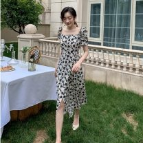 Dress Summer 2020 Decor S,M,L,XL Mid length dress singleton  Short sleeve commute square neck High waist Decor Socket A-line skirt puff sleeve Others 25-29 years old Type A Retro Fold, print HD218 31% (inclusive) - 50% (inclusive) Chiffon other
