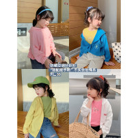 Plain coat Other / other female 80, 90, 100, 110, 120, 130, 140, 150 White (spot), pink (spot), yellow (spot), blue (spot) spring and autumn leisure time There are models in the real shooting routine nothing other other Crew neck