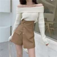 Fashion suit Autumn 2020 S. M, l, average size Top red, top apricot, skirt black (0952), skirt black (0952) 18-25 years old