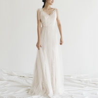 Wedding dress Winter of 2019 white XXL,XS,S,M,L,XL Retro A-line skirt Bandage Outdoor Lawn  Deep collar V Lace Three dimensional cutting middle-waisted 18-25 years old Embroidery Sleeveless shawl Large size 30% and below polyester fiber machine embroidery
