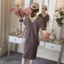 Dress Bing moon M L XL XXL Korean version Short sleeve Medium length summer V-neck Solid color cotton B795647