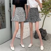 skirt Summer 2021 S,M,L White, black Short skirt commute High waist A-line skirt Broken flowers Type A 18-24 years old W0410 30% and below other Other / other zipper Korean version