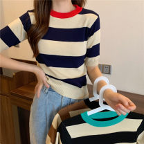T-shirt Black stripe, coffee stripe, Navy Stripe Average size Spring 2021 Short sleeve Crew neck Straight cylinder have cash less than that is registered in the accounts commute other 30% and below 18-24 years old Korean version Thin horizontal stripe Other / other 0313L