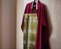"""Hanfu 96% and above """"Crimson plain interweaved cotton cardigan"""" and """"dark green folded branch printed Georgette hugging skirt"""" Other sizes silk"""