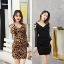 Dress Spring of 2019 S,M,L,XL Short skirt singleton  Long sleeves commute V-neck Loose waist Solid color Socket Pleated skirt routine Others 18-24 years old Type H Korean version Pleating, pleating, gauze 51% (inclusive) - 70% (inclusive) other polyester fiber
