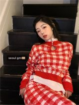 Fashion suit Spring 2021 Average size Red and white plaid top, red and white plaid skirt #22861 polyester fiber