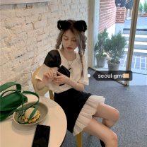 Fashion suit Summer 2021 Average size White T, skirt s, Skirt M