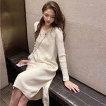 Dress Winter 2020 Black, brown Average size Middle-skirt singleton  Long sleeves commute V-neck middle-waisted Solid color Socket One pace skirt routine Others 18-24 years old Type H Korean version thread 71% (inclusive) - 80% (inclusive) knitting polyester fiber
