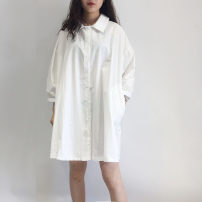 shirt Black, white Average size Summer of 2019 cotton 51% (inclusive) - 70% (inclusive) Long sleeves commute Medium length Polo collar Single row multi button routine Solid color 18-24 years old Straight cylinder Korean version