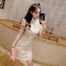 cheongsam Spring 2020 S,M,L white Short sleeve High slit daily Decor 18-25 years old seven point one six Other / other other 91% (inclusive) - 95% (inclusive)