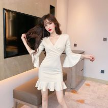 Dress Spring 2020 Apricot, black S,M,L Short skirt singleton  Nine point sleeve commute V-neck High waist Solid color zipper Ruffle Skirt pagoda sleeve 18-24 years old Type A Korean version 31% (inclusive) - 50% (inclusive) other polyester fiber