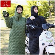 Cotton padded clothes Medium size 150-165 height + 90-130 weight, large size 160-175 height + 130-160 weight Autumn of 2019 Other / other have more cash than can be accounted for Long sleeves thickening commute Hood Wrap sleeves Straight cylinder 2F677070