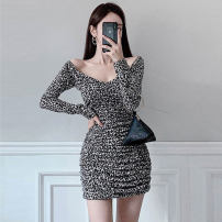 Dress Spring 2020 Leopard Print S,M,L,XL Short skirt singleton  Long sleeves commute V-neck High waist Leopard Print Socket One pace skirt routine Others 25-29 years old Type X Ol style Pleating, open back, pleating, stitching