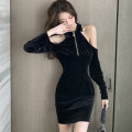 Dress Winter 2020 black S,M,L Short skirt singleton  Long sleeves commute Polo collar middle-waisted Solid color zipper One pace skirt routine Others 25-29 years old Type X Korean version Cutout, stitching, zipper