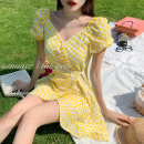 Dress Summer 2021 yellow S, M Short skirt singleton  Short sleeve commute square neck High waist Broken flowers A-line skirt puff sleeve 18-24 years old Type A Korean version Frenulum Four point two 51% (inclusive) - 70% (inclusive)