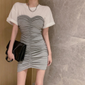 Fashion suit Summer 2021 Average size White T + grey skirt, white T + black skirt 18-25 years old four point one two 81% (inclusive) - 90% (inclusive) cotton