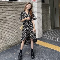 Dress Summer 2021 Black flowers Average size Miniskirt singleton  Short sleeve commute V-neck High waist Broken flowers other other other 18-24 years old Type A Korean version printing 3-10 31% (inclusive) - 50% (inclusive) Chiffon polyester fiber