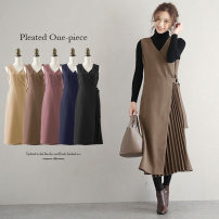 Dress Autumn 2020 Khaki, purple, black, Navy, beige Average size longuette singleton  Sleeveless commute V-neck Loose waist Solid color Socket Pleated skirt other straps 25-29 years old Type H Ol style lgww-at2391 71% (inclusive) - 80% (inclusive) brocade cotton