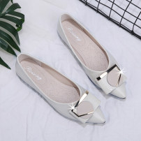 Low top shoes 35 36 37 38 39 40 Fimeny / fimeny Off white green black Sharp point PU Flat bottom Low heel (1-3cm) Shallow mouth PU Spring 2020 Trochanter Korean version Adhesive shoes Youth (18-40 years old) Solid color rubber Single shoes Shallow metal decoration PU leisure time Face dressing