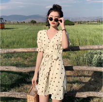 Dress Summer of 2019 Picture color S, M Short skirt singleton  Short sleeve commute V-neck High waist Dot Socket A-line skirt routine Others 18-24 years old Type A Other / other Korean version