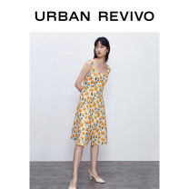 Dress Summer 2020 Yellow printing XS S M L XL XXL Middle-skirt Sleeveless square neck middle-waisted routine 25-29 years old UR 51% (inclusive) - 70% (inclusive) hemp Flax 54% cotton 46% Same model in shopping mall (sold online and offline)