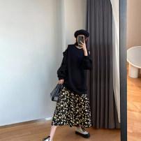 skirt Spring 2020 M, L Yellow flowers Mid length dress commute High waist Fairy Dress Broken flowers Type H 18-24 years old 20.3.24 Korean version 351g / m ^ 2 (including) - 400g / m ^ 2 (including)