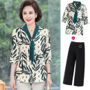 Middle aged and old women's wear fashion suit easy Two piece set Decor 40-49 years old Socket thin V-neck have cash less than that is registered in the accounts routine Bandage Other, polyester, chiffon 96% and above Ninth pants
