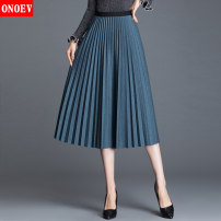 skirt Autumn of 2019 Average size (85-140 kg) Zs1869 black zs1869 gray lx3313 Khaki zs1869 blue longuette commute High waist Pleated skirt Solid color Type A 25-29 years old ON-LX3313 Onoev fold