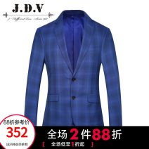 man 's suit Tibetan green J.D.V Business gentleman routine 165/84A/XS 170/88A/S 175/92A/M 180/96A/L 180/100A/XL 185/104A/XXL SMM8021 Wool 60.2% polyester 29.5% Silk 10.3% Spring of 2019 Self cultivation Double breasted go to work Back middle slit youth Long sleeves spring routine Business Formal
