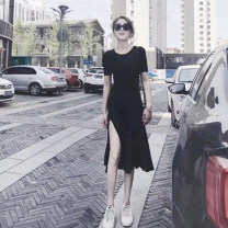 Dress Summer 2020 black S,M,L,XL Mid length dress singleton  Short sleeve commute Crew neck High waist Solid color Socket A-line skirt routine Others 25-29 years old Type A Korean version 81% (inclusive) - 90% (inclusive) brocade cotton