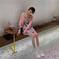 Fashion suit Summer 2021 Average size Pink t-shirt + pink suspender skirt Navy T-shirt + black and white suspender skirt yellow T-shirt + yellow suspender skirt 18-25 years old Momanwei M-1716 96% and above Other 100% Pure e-commerce (online only)