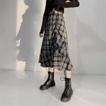 skirt Spring 2021 XS S M L XL Black and white check longuette commute High waist A-line skirt lattice Type A 18-24 years old LY2021A1321 91% (inclusive) - 95% (inclusive) brocade Lin Yue polyester fiber zipper Polyester 95.2% viscose 3.2% others 1.6%