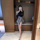 skirt Spring 2021 Average size Short skirt commute High waist A-line skirt lattice 81% (inclusive) - 90% (inclusive) Mai Xiayuan polyester fiber zipper Polyester 85% other 15% Pure e-commerce (online only)