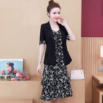 Women's large Spring 2021 black Dress Two piece set commute easy moderate Cardigan Short sleeve Plants and flowers Korean version square neck routine Three dimensional cutting routine 6005# Looking for sleeves Three dimensional decoration 71% (inclusive) - 80% (inclusive) Medium length Other 100%