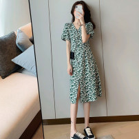 Women's large Summer 2020 Long and short S M L XL singleton  commute Self cultivation thin Socket Short sleeve Broken flowers Korean version V-neck routine puff sleeve Yugou 18-24 years old 71% (inclusive) - 80% (inclusive) longuette Other 100% Pure e-commerce (online only) Ruffle Skirt