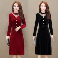 Middle aged and old women's wear Spring 2020 Red, black XL,2XL,3XL,4XL,5XL commute Dress Straight cylinder singleton  Solid color 40-49 years old Socket thin Crew neck routine routine other 30% and below Medium length