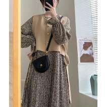 Dress Autumn 2020 Coffee two piece set, black two piece set S,M,L Two piece set Long sleeves commute Crew neck Decor routine Korean version A543 81% (inclusive) - 90% (inclusive)