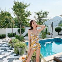 Split swimsuit seagull  Red, yellow M,L,XL,XXL Skirt split swimsuit Steel strap breast pad female V-neck