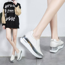 Low top shoes 35 36 37 38 39 40 41 42 43 White yellow black Round head PU Muffin bottom High heel (5-8cm) Shallow mouth PU Winter 2020 Trochanter Korean version Injection pressure shoes Youth (18-40 years old) Solid color rubber Single shoes waterproof PU leisure time Face dressing Zero point five