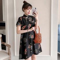 cheongsam Summer 2021 M L XL 2XL 3XL 4XL Black Floral cheongsam Short sleeve Short cheongsam No slits daily Oblique lapel Decor Piping XHA-3F072-7003 Hin coast other Other 100% Pure e-commerce (online only)